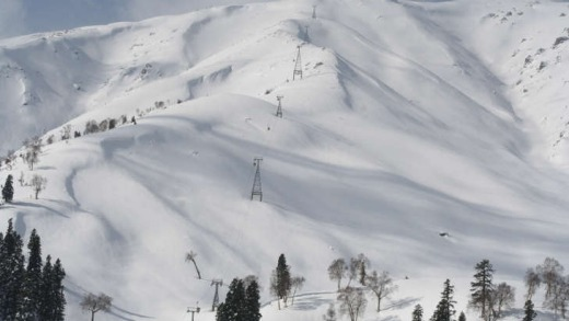 For the adventurous, $10 lift passes can be had at Gulmarg, Kashmir.
