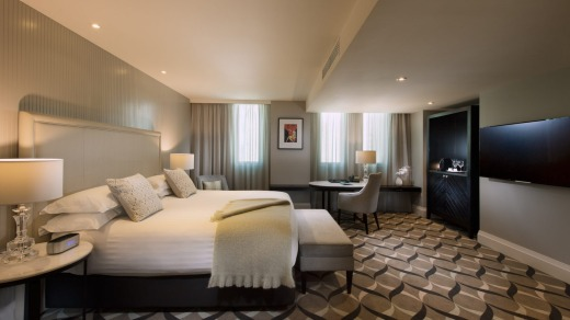 A Deluxe King Room at the Mayfair Hotel.