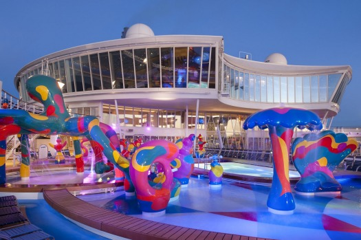 Allure of the Seas, Royal Caribbean International: H2O Zone - Deck 15 Midship.