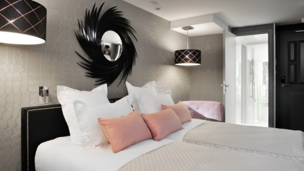 Hotel La Baume: The former Hotel Jardin de l'Odeon has been completely transformed, reducing the number of rooms from 41 ...
