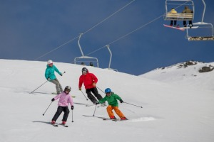 The Remarkables mountain range offers offers superlative skiing and boarding and extraordinary views.