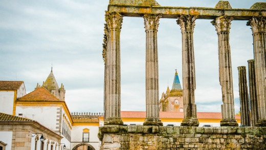 The columns of the Roman temple, the cathedral of Evora, rear, and the Museu de Evora, left.