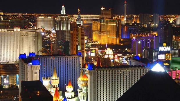 What happens in Vegas ... Las Vegas is home to 15 of the 20 biggest hotels in the world.