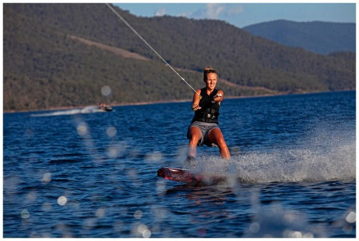 20 yr old Georgia Courtney on  houseBoat at Lake Eildon Victoria. Having a ski