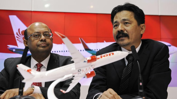 Rusdi Kirana, president of Lion Air, right, with inesh Keskar, senior vice president of Asia-Pacific and India sales for ...