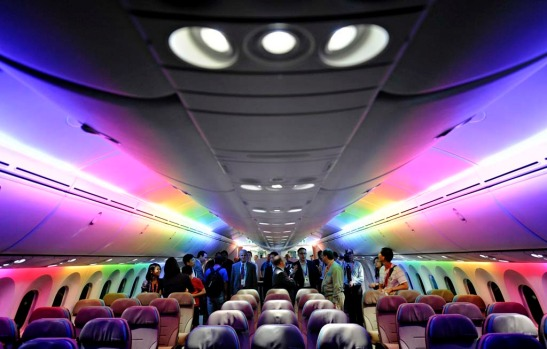 Boeing 787 Dreamliner's cabin displaying its versatile LED lighting system.