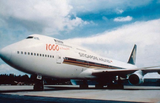 In 1989, Singapore Airlines received its first Boeing 747-400 'Megatop', a redesigned jumbo capable of flying 13,000 km.