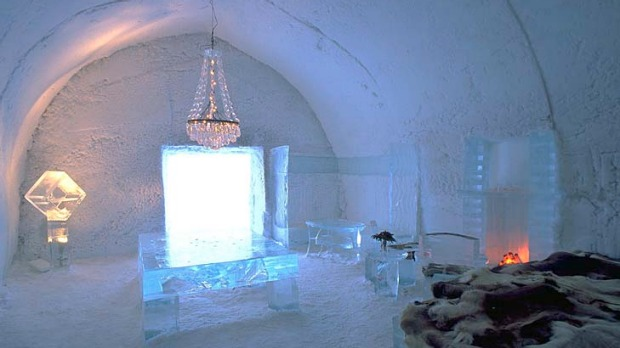 icehotel review jukkasjarvi sweden it 39 s a little frosty. Black Bedroom Furniture Sets. Home Design Ideas