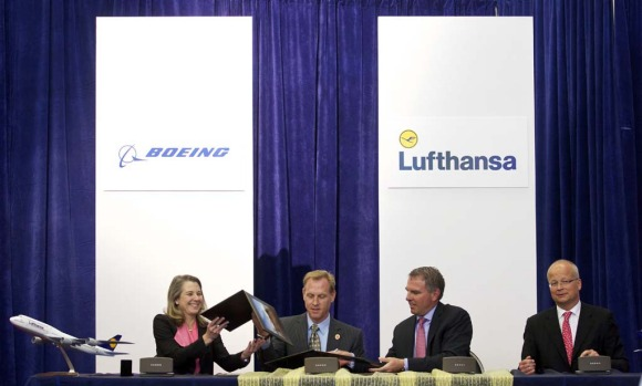 From left, Boeing 747 Program Vice President and General Manager Elizabeth Lund, Boeing Commercial Airplanes Senior Vice ...