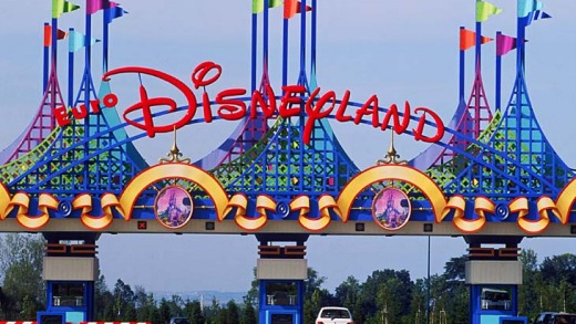 Hello, Disneyland ... the entrace to Disneyland Paris.