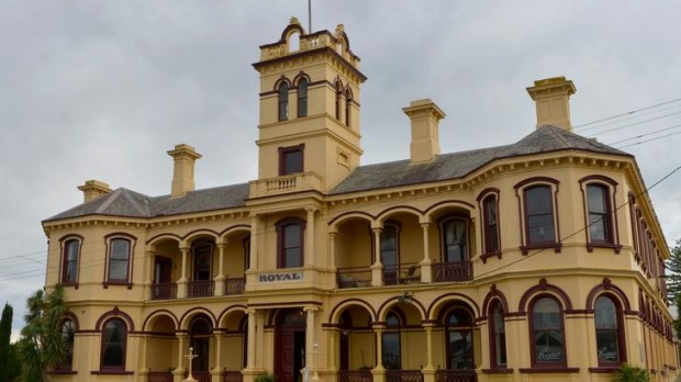 Queenscliff's Royal Grand.