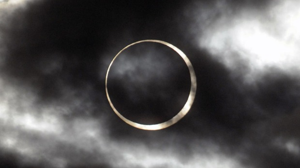 The annular eclipse in the sky of Taipei.