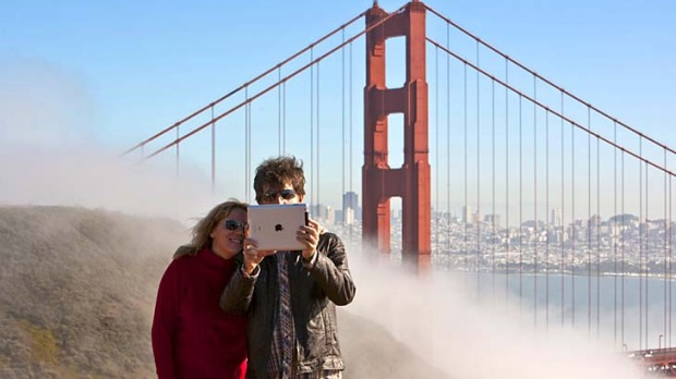 Click and go ... an iPad self-portrait in front of the Golden Gate Bridge.