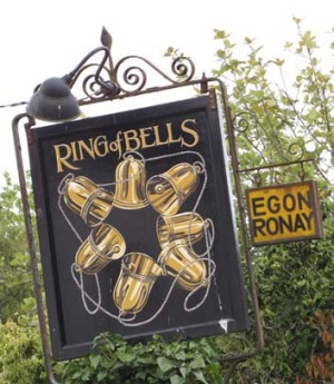 The Ring of Bells pub, North Bovey.