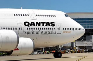 Qantas 747-400 Dallas.