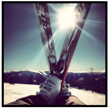 Week 4: Sun and skis from @blanchim