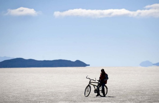 The Uyuni salt flats are estimated to contain 10 billion tons of salt - of which 25,000 tonnes are extracted every year ...