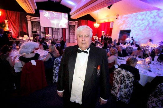Clive Palmer hosts the Captain's Atlantic Dinner.