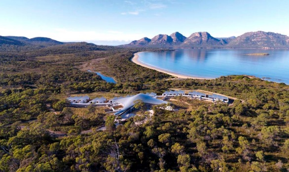 Saffire Freycinet delivers everything you'd expect of a luxury lodge. Each of the sprawling suites ? the smallest is ...