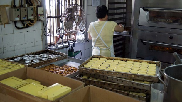 Coloane is the home of Lord Stow's Bakery, which claims to have invented the tasty Asian-style egg tart.