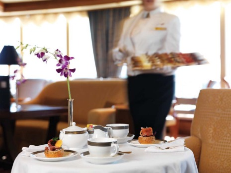 Afternoon tea on the Queen Victoria.