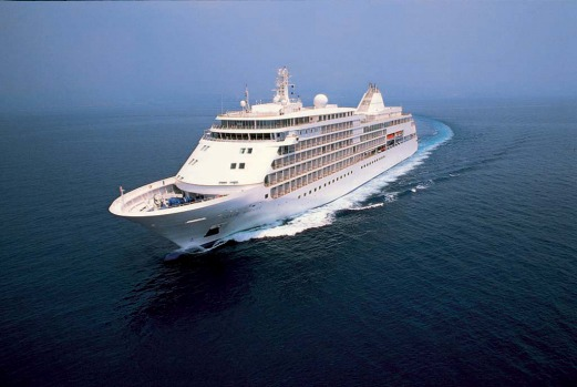 The Silver Whisper accommodates 382 guests aboard the 28,258 tonne vessel.