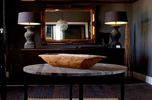 Timeless ... de Russie Suites is a stylish mix of old and new.