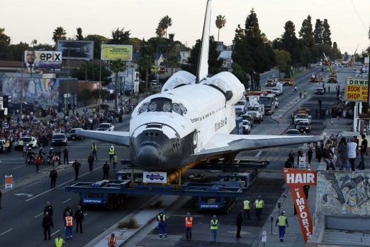 The space shuttle Endeavour is moved to the California Science Center.