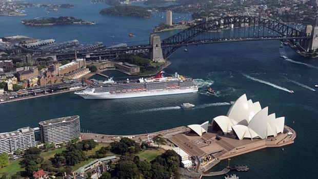 Carnival Spirit cruise ship review | Ship arrives in Sydney