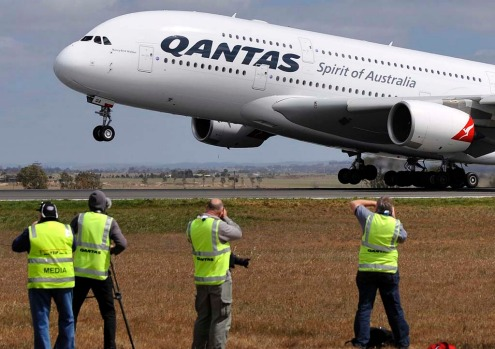 The first Qantas A380 flight from Melbourne Airport takes off in October 2008, bound for Los Angeles.