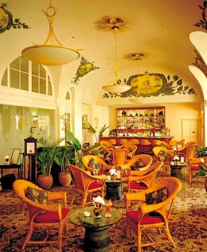 Luxury ... the Elephant Bar at Le Royal.