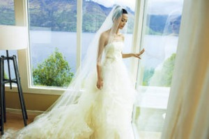Chinese filmstar Yeo Chen on her wedding day.