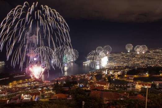 Fireworks light up the sky above Funchal Bay, Madeira Island, to celebrate the arrival of the New Year on January 1, 2013. Photo by AFP