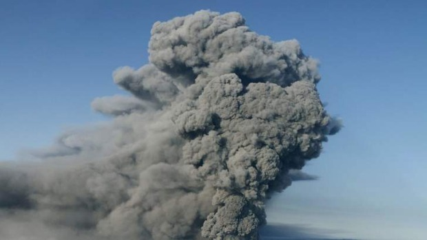 Ash plume ...  Volcanic eruption from Iceland's Eyjafjallajokull grounded over 1,000 flights and delayed hundreds of ...
