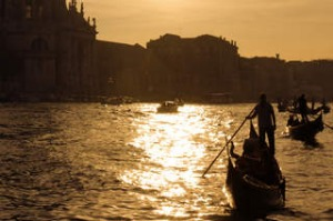 SHD TRAVEL MARCH 3 Rowing in Venice. CREDIT GETTY IMAGES
