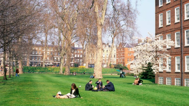 Lincoln's Inn Fields.