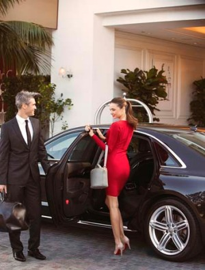 Qantas passengers flying first and business class internationally will now get a chauffeured hire car service to and ...