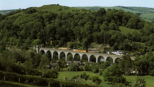 A train over the Knucklas Viaduct, Heart of Wales Line.