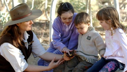 Children learn about flora at Alice Springs Desert Park.