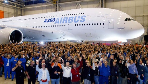The rollout of the Airbus A380 in Toulouse was a huge event in 2005. But for its newest jet, the A350, Airbus is not ...