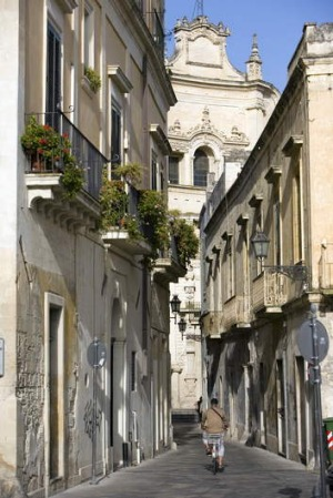 The sandstone streets of Lecce.