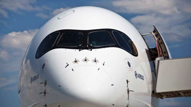 Qantas had publicly challenged Airbus and its US rival Boeing in August to boost the range of the A350 and 777X models ...
