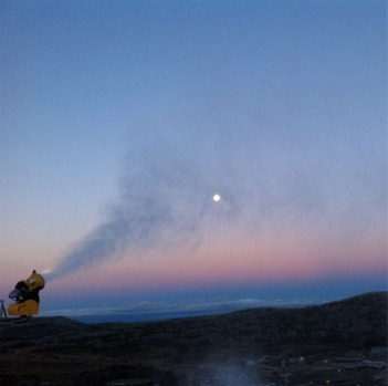 @adrianborcherds Frostin' the moon @perisher_ski_resort #misssnowitall