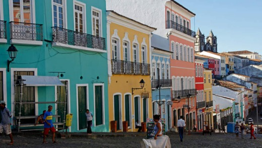 Cobbled streets and colonial architecture in Largo de Pelourinho.