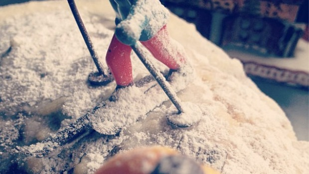 @snowblindblog baking cake waiting for snow #mtbuller #misssnowitall #aussieskier