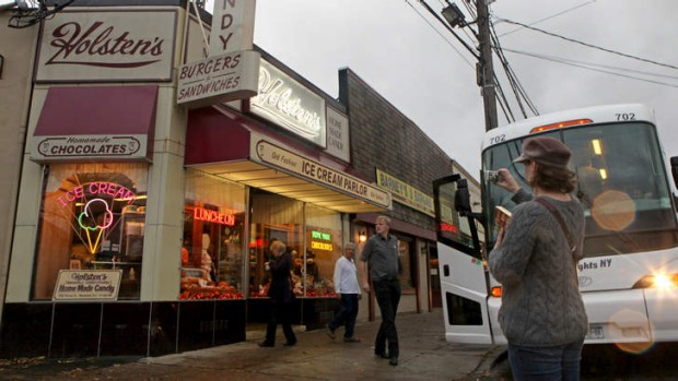 Holsten's Confectionary, used as the locatoin for the last scene of the <i>Sopranos</i> series.