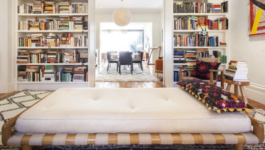 A bedroom in a Brooklyn Heights home-stay property.