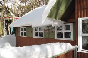 shd travel unscheduled 2013 postcard red onion ski chalet falls creek text and photo by Katrina Lobley ...