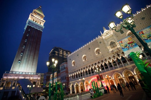 THE VENETIAN Kudos to this hotel, which has even trained pigeons to flap around its piazza, just to add authenticity to ...