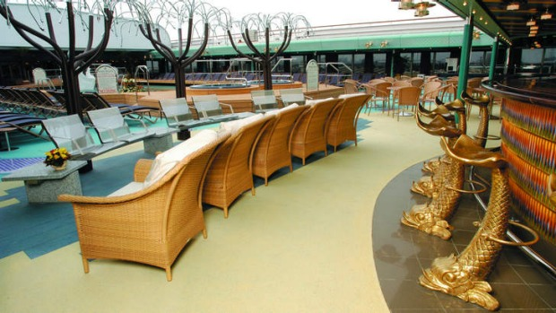 Resort ship: The Lido bar on MS Oosterdam.